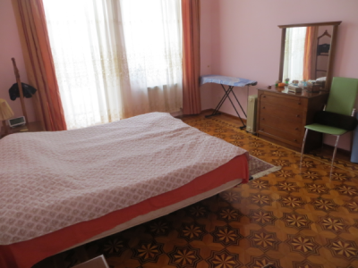 Bakı şəhəri, Səbail rayonunda, 3 otaqlı köhnə tikili satılır (Elan: 106908)