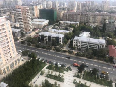 Bakı şəhəri, Yasamal rayonunda, 6 otaqlı yeni tikili satılır (Elan: 107463)