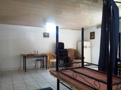 Bakı şəhəri, Binəqədi rayonu, 7-ci mikrorayon qəsəbəsində obyekt kirayə verilir (Elan: 109891)