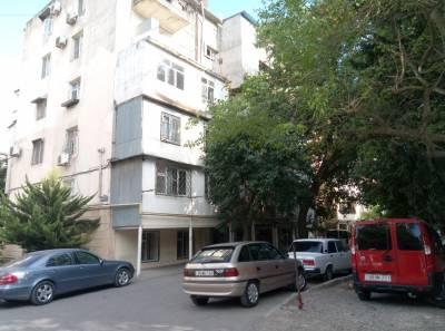 Bakı şəhəri, Yasamal rayonunda, 1 otaqlı köhnə tikili satılır (Elan: 145353)
