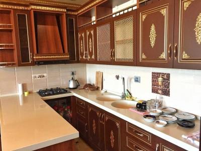 Bakı şəhəri, Nəsimi rayonunda, 4 otaqlı yeni tikili kirayə verilir (Elan: 109002)