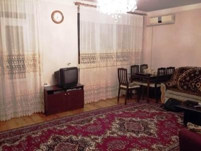 Bakı şəhəri, Sabunçu rayonu, Bakıxanov qəsəbəsində, 4 otaqlı köhnə tikili satılır (Elan: 108927)