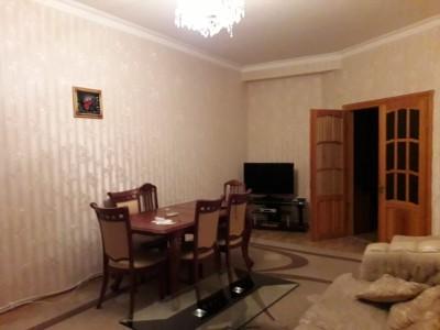 Bakı şəhəri, Nərimanov rayonunda, 2 otaqlı yeni tikili kirayə verilir (Elan: 109812)