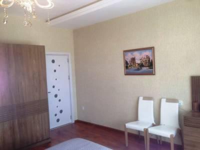 Bakı şəhəri, Nərimanov rayonunda, 3 otaqlı yeni tikili satılır (Elan: 144724)