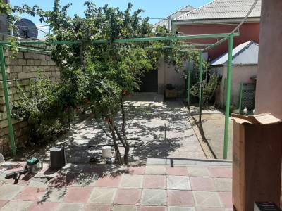 Xırdalan şəhərində, 4 otaqlı ev / villa satılır (Elan: 156379)