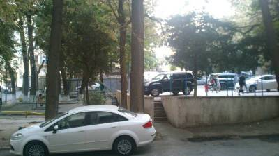 Bakı şəhəri, Nəsimi rayonunda, 2 otaqlı köhnə tikili kirayə verilir (Elan: 145319)