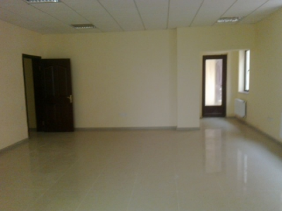 Bakı şəhəri, Nəsimi rayonunda, 5 otaqlı ofis satılır (Elan: 108149)