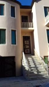 Bakı şəhəri, Binəqədi rayonu, Biləcəri qəsəbəsində, 6 otaqlı ev / villa satılır (Elan: 107451)