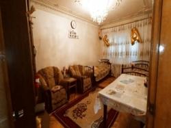 Bakı şəhəri, Xətai rayonunda, 4 otaqlı köhnə tikili satılır (Elan: 201093)