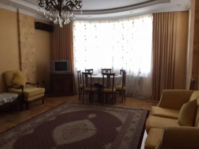 Bakı şəhəri, Nəsimi rayonunda, 3 otaqlı yeni tikili satılır (Elan: 166690)