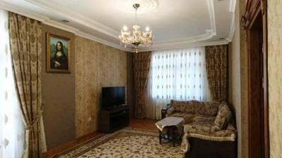 Bakı şəhəri, Yasamal rayonunda, 3 otaqlı yeni tikili kirayə verilir (Elan: 147270)