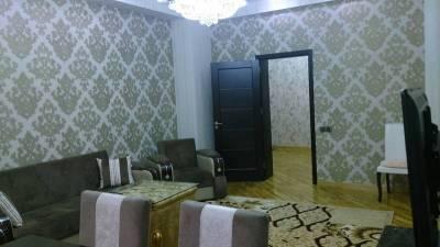 Bakı şəhəri, Yasamal rayonunda, 3 otaqlı yeni tikili kirayə verilir (Elan: 148194)