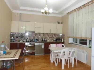 Bakı şəhəri, Abşeron rayonu, Görədil qəsəbəsində, 8 otaqlı ev / villa satılır (Elan: 108976)