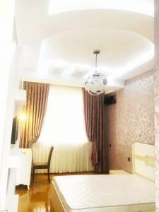 Bakı şəhəri, Nərimanov rayonunda, 2 otaqlı yeni tikili kirayə verilir (Elan: 172756)