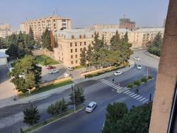 Bakı şəhəri, Sabunçu rayonu, Bakıxanov qəsəbəsində, 3 otaqlı köhnə tikili satılır (Elan: 193851)