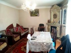 Bakı şəhəri, Yasamal rayonunda, 2 otaqlı ev / villa satılır (Elan: 180487)