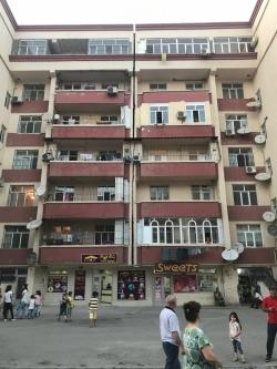 Bakı şəhəri, Binəqədi rayonu, Binəqədi qəsəbəsində, 2 otaqlı yeni tikili satılır (Elan: 193743)