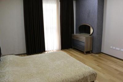 Bakı şəhəri, Nəsimi rayonunda, 4 otaqlı yeni tikili kirayə verilir (Elan: 111000)