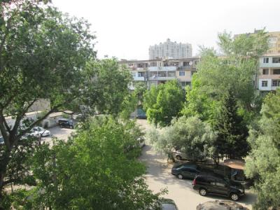 Bakı şəhəri, Yasamal rayonunda, 2 otaqlı köhnə tikili satılır (Elan: 108086)