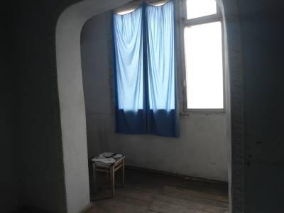 Bakı şəhəri, Yasamal rayonu, Yeni Yasamal qəsəbəsində, 2 otaqlı köhnə tikili satılır (Elan: 158105)