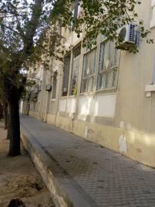 Bakı şəhəri, Səbail rayonu, Bayıl qəsəbəsində, 3 otaqlı köhnə tikili satılır (Elan: 161286)