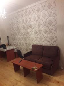 Bakı şəhəri, Nərimanov rayonunda, 2 otaqlı köhnə tikili satılır (Elan: 108126)