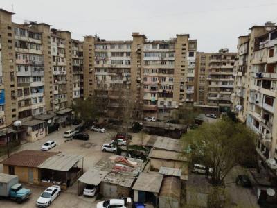 Bakı şəhəri, Yasamal rayonu, Yeni Yasamal qəsəbəsində, 1 otaqlı köhnə tikili satılır (Elan: 108865)