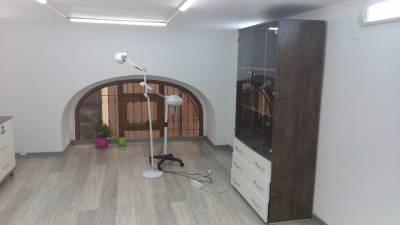 Bakı şəhəri, Nəsimi rayonunda obyekt kirayə verilir (Elan: 113752)