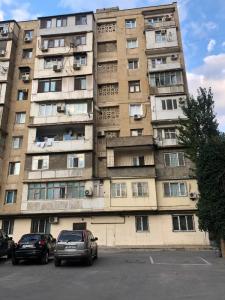 Bakı şəhəri, Yasamal rayonunda, 3 otaqlı köhnə tikili satılır (Elan: 107618)