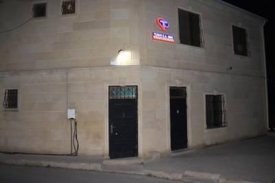 Bakı şəhəri, Binəqədi rayonu, 9-cu mikrorayon qəsəbəsində, 13 otaqlı ofis kirayə verilir (Elan: 160184)