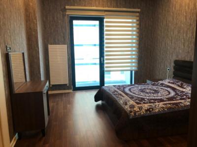 Bakı şəhəri, Nəsimi rayonunda, 3 otaqlı yeni tikili kirayə verilir (Elan: 106603)