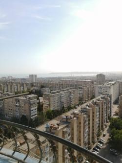 Bakı şəhəri, Nizami rayonu, 8-ci kilometr qəsəbəsində, 2 otaqlı yeni tikili kirayə verilir (Elan: 189850)