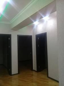 Bakı şəhəri, Yasamal rayonu, Yeni Yasamal qəsəbəsində, 2 otaqlı yeni tikili kirayə verilir (Elan: 144055)