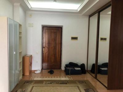 Bakı şəhəri, Səbail rayonunda, 4 otaqlı yeni tikili kirayə verilir (Elan: 108122)