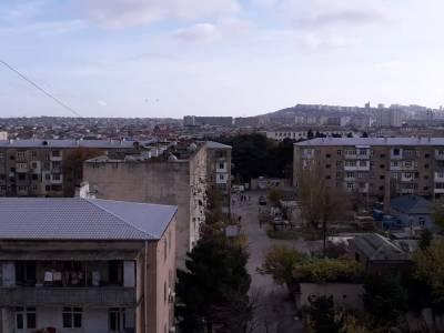 Bakı şəhəri, Sabunçu rayonu, Bakıxanov qəsəbəsində, 2 otaqlı köhnə tikili satılır (Elan: 155200)