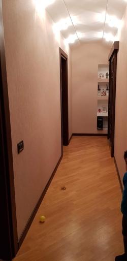 Bakı şəhəri, Binəqədi rayonu, 8-ci mikrorayon qəsəbəsində, 4 otaqlı yeni tikili satılır (Elan: 202230)