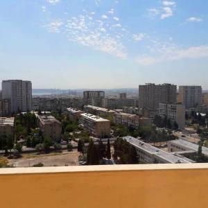 Bakı şəhəri, Nizami rayonu, 8-ci kilometr qəsəbəsində, 3 otaqlı yeni tikili satılır (Elan: 108475)
