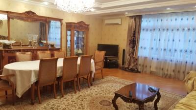 Bakı şəhəri, Nəsimi rayonunda, 4 otaqlı yeni tikili satılır (Elan: 108680)