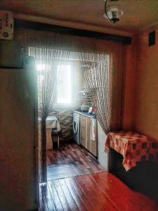 Bakı şəhəri, Nizami rayonu, 8-ci kilometr qəsəbəsində, 3 otaqlı köhnə tikili satılır (Elan: 106854)