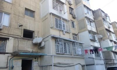 Bakı şəhəri, Yasamal rayonunda, 3 otaqlı köhnə tikili satılır (Elan: 109952)