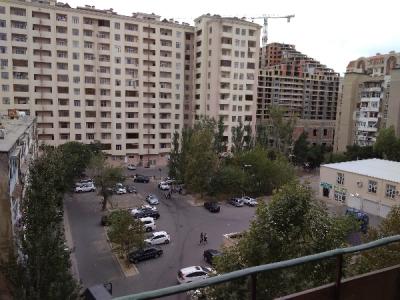 Bakı şəhəri, Sabunçu rayonu, Bakıxanov qəsəbəsində, 3 otaqlı köhnə tikili satılır (Elan: 108808)