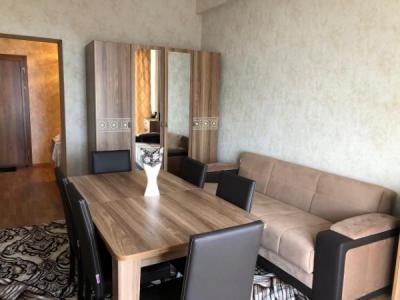 Bakı şəhəri, Yasamal rayonunda, 2 otaqlı yeni tikili kirayə verilir (Elan: 107097)