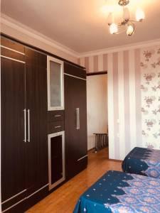 Bakı şəhəri, Nərimanov rayonunda, 7 otaqlı ev / villa kirayə verilir (Elan: 138845)