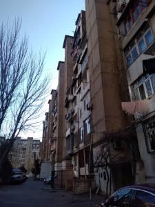 Bakı şəhəri, Yasamal rayonunda, 3 otaqlı köhnə tikili satılır (Elan: 148035)