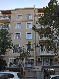 Bakı şəhəri, Nəsimi rayonunda, 3 otaqlı köhnə tikili satılır (Elan: 108992)