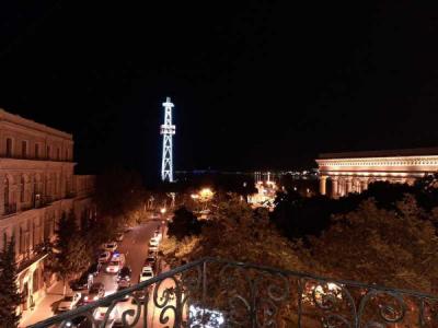 Bakı şəhəri, Səbail rayonunda, 1 otaqlı köhnə tikili kirayə verilir (Elan: 106327)
