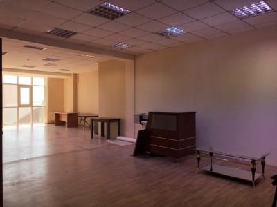Bakı şəhəri, Nəsimi rayonunda obyekt kirayə verilir (Elan: 109236)