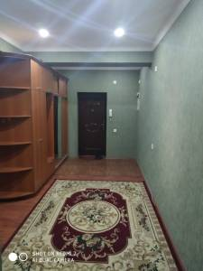 Bakı şəhəri, Yasamal rayonunda, 2 otaqlı yeni tikili kirayə verilir (Elan: 155859)