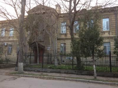 Bakı şəhəri, Yasamal rayonunda, 3 otaqlı köhnə tikili satılır (Elan: 112857)