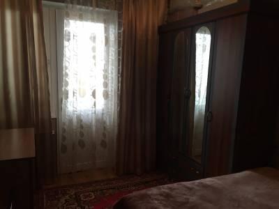 Bakı şəhəri, Binəqədi rayonu, Xutor qəsəbəsində, 2 otaqlı köhnə tikili satılır (Elan: 147809)